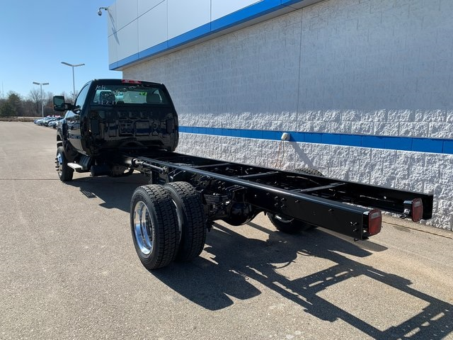 2019 Chevrolet Silverado 5500 Regular Cab DRW 4x4, Cab Chassis #78973 - photo 1