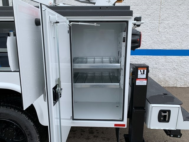 2019 Chevrolet Silverado 5500 Crew Cab DRW 4x4, Knapheide KMT Mechanics Body #79387 - photo 18
