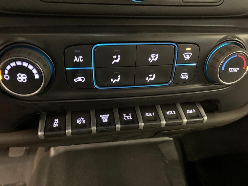 2020 Chevrolet Silverado 5500 Crew Cab DRW 4x4, Knapheide Platform Body #80054 - photo 34