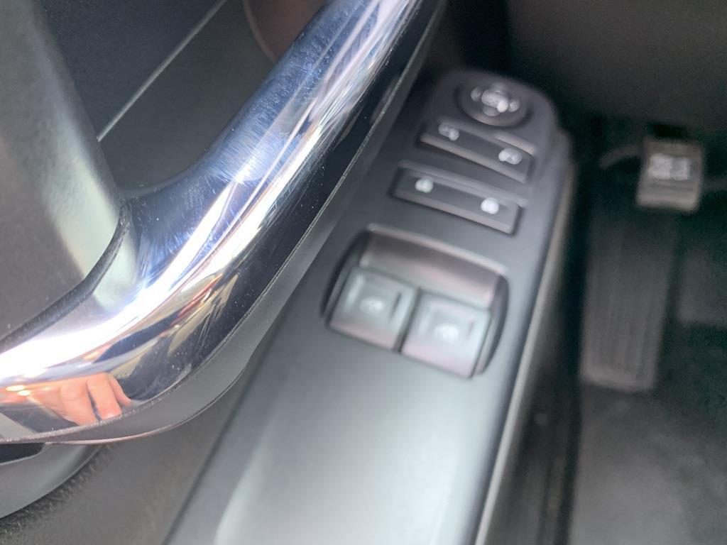 2021 Silverado 5500 Regular Cab DRW 4x4,  Parkhurst Manufacturing Platform Body #81245 - photo 24