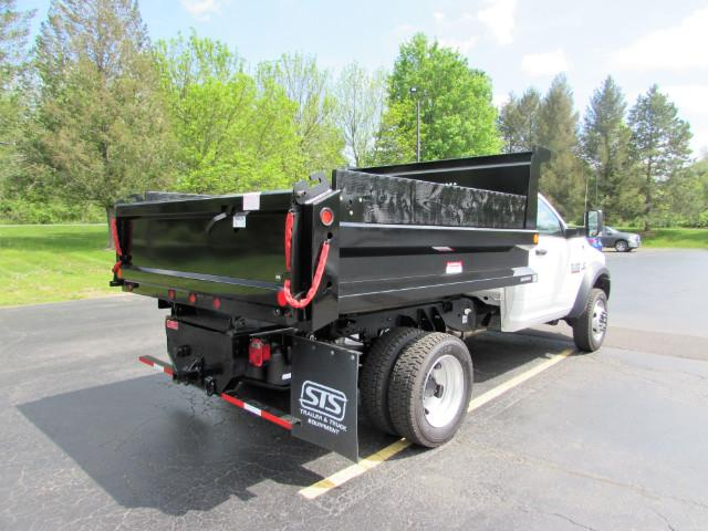 2017 Ram 5500 Regular Cab DRW 4x4, Reading Dump Body #255NP - photo 39