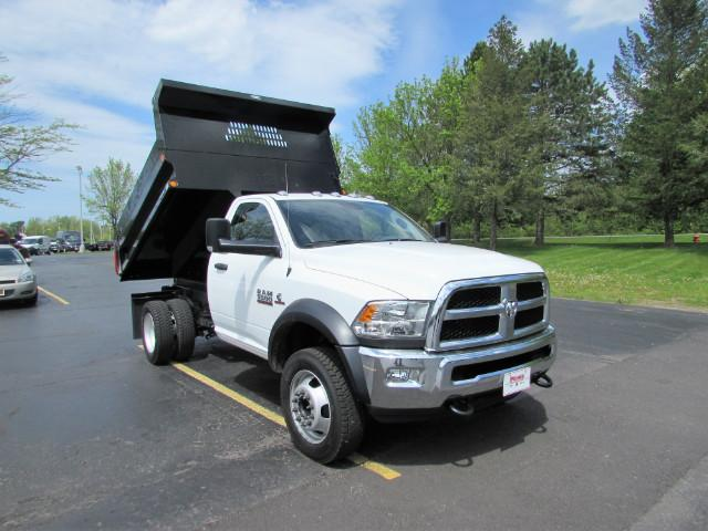 2017 Ram 5500 Regular Cab DRW 4x4, Reading Dump Body #255NP - photo 3