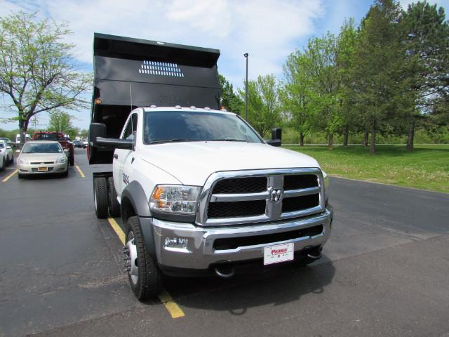 2017 Ram 5500 Regular Cab DRW 4x4, Reading Dump Body #255NP - photo 4