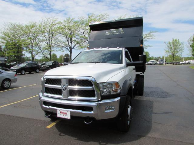2017 Ram 5500 Regular Cab DRW 4x4, Reading Dump Body #255NP - photo 6