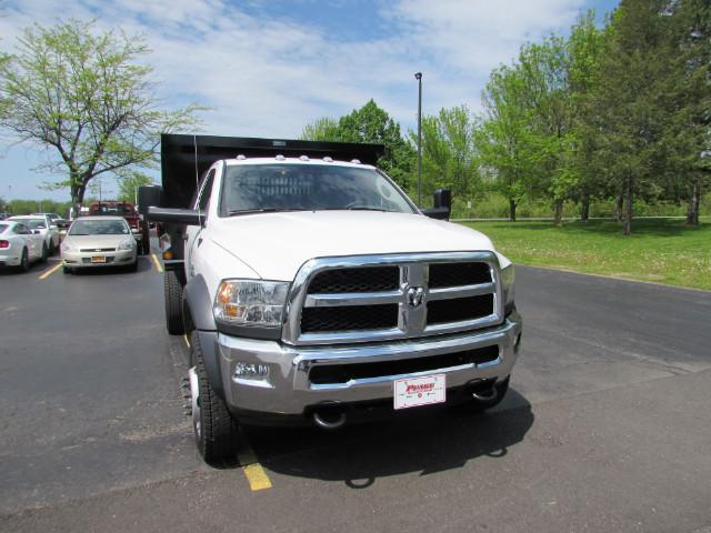 2017 Ram 5500 Regular Cab DRW 4x4, Reading Dump Body #255NP - photo 32