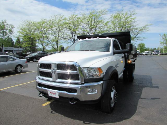 2017 Ram 5500 Regular Cab DRW 4x4, Reading Dump Body #255NP - photo 34
