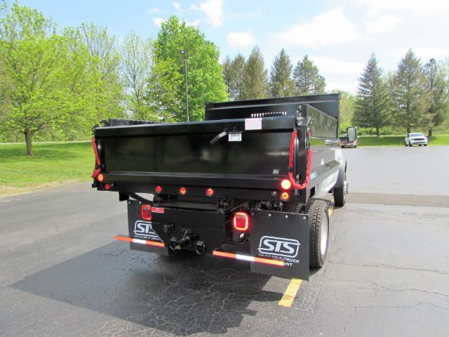 2017 Ram 5500 Regular Cab DRW 4x4, Reading Dump Body #255NP - photo 38