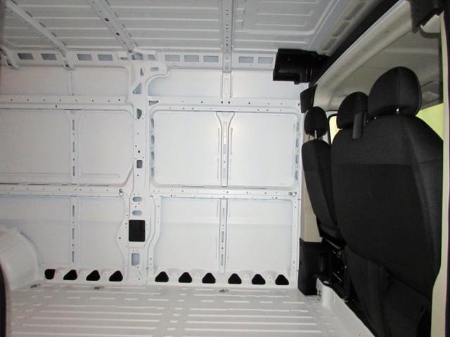 2018 ProMaster 2500 Cargo Van #645NP - photo 17