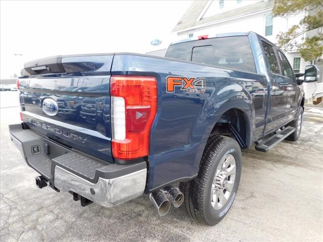 2017 F-250 Crew Cab 4x4, Pickup #T17307 - photo 4