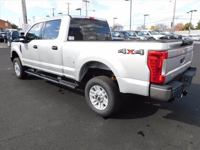 2017 F-250 Crew Cab 4x4 Pickup #T17603 - photo 2