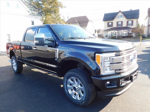 2018 F-250 Crew Cab 4x4 Pickup #T18073 - photo 10