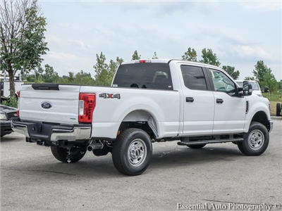 2018 F-250 Crew Cab 4x4,  Pickup #130779 - photo 2