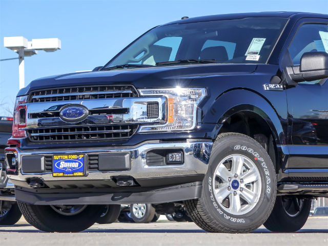2018 F-150 Crew Cab 4x4, Pickup #F56479 - photo 3