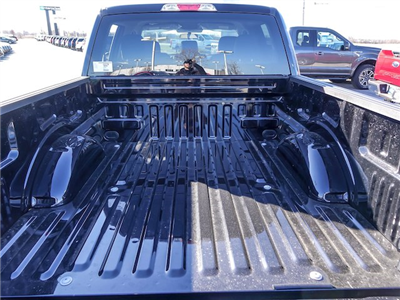 2018 F-150 Crew Cab 4x4, Pickup #F56479 - photo 22
