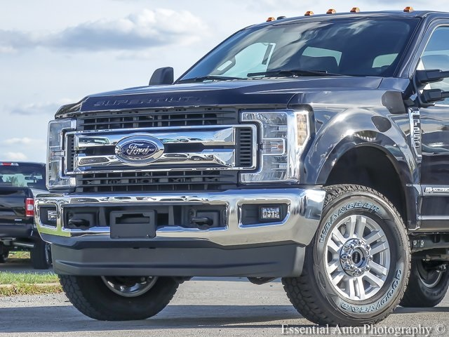 2019 F-250 Crew Cab 4x4,  Pickup #F57173 - photo 1