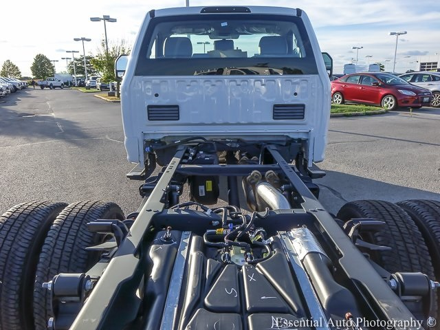 2019 F-350 Regular Cab DRW 4x4,  Cab Chassis #K00004 - photo 14