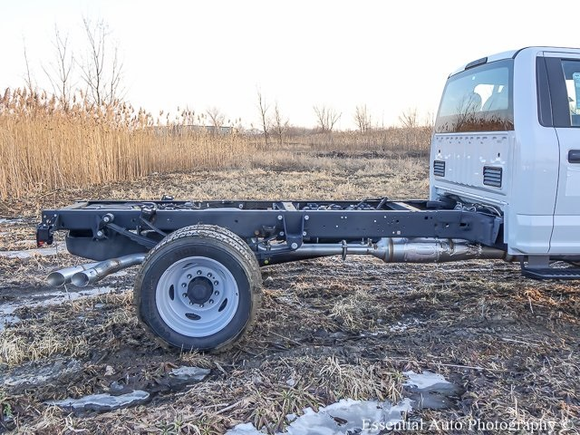 2019 F-450 Regular Cab DRW 4x4,  Cab Chassis #K00016 - photo 7