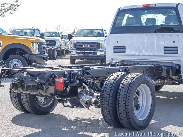 2019 F-550 Regular Cab DRW 4x2,  Cab Chassis #K00084 - photo 6