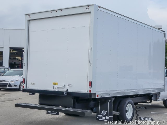 2018 E-350 4x2,  Supreme Cutaway Van #K00141 - photo 6