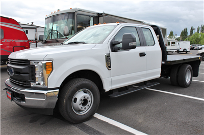 2017 F-350 Super Cab DRW, Knapheide PGNB Gooseneck Platform Body #30116 - photo 3