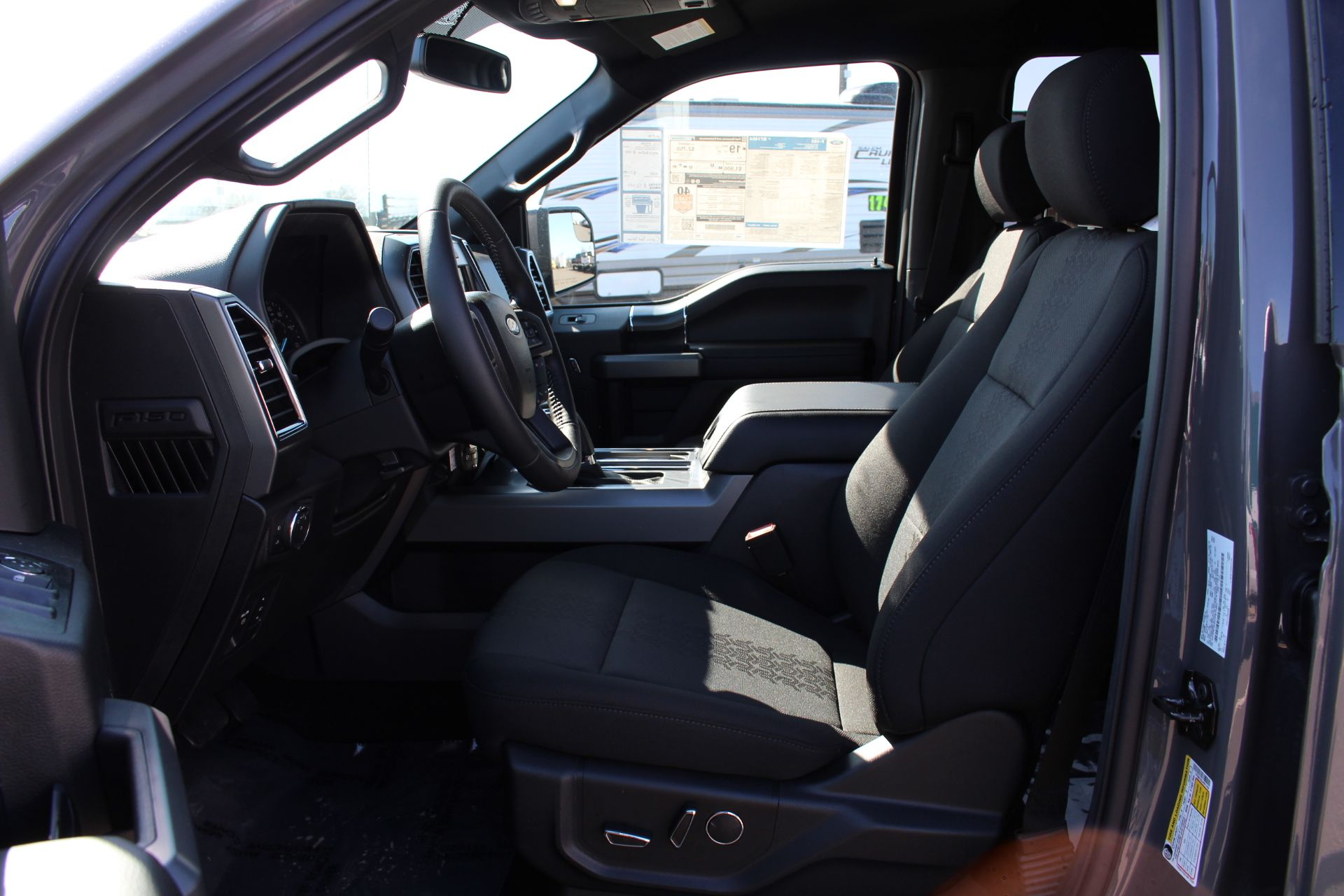 2018 F-150 Crew Cab 4x4, Pickup #31248 - photo 7