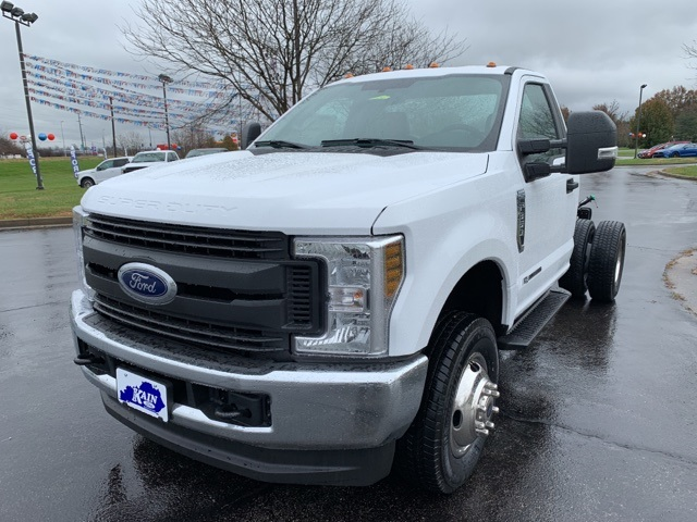 2019 F-350 Regular Cab DRW 4x4,  Cab Chassis #57938 - photo 3