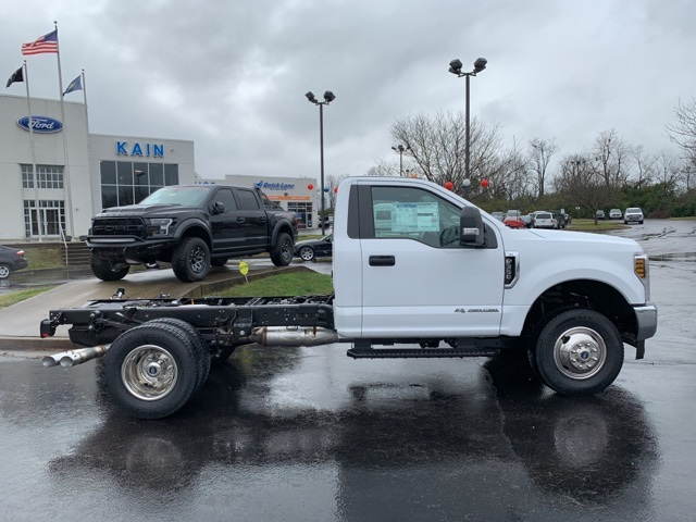 2019 F-350 Regular Cab DRW 4x4,  Cab Chassis #57938 - photo 7