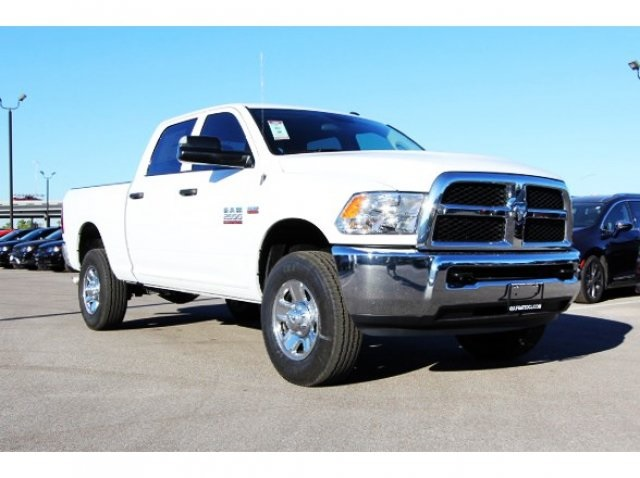 2018 Ram 2500 Crew Cab 4x4, Pickup #829008 - photo 4