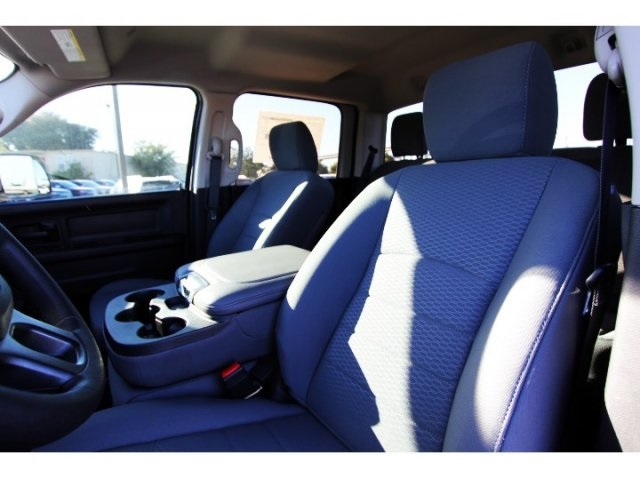 2018 Ram 2500 Crew Cab 4x4, Pickup #829008 - photo 8