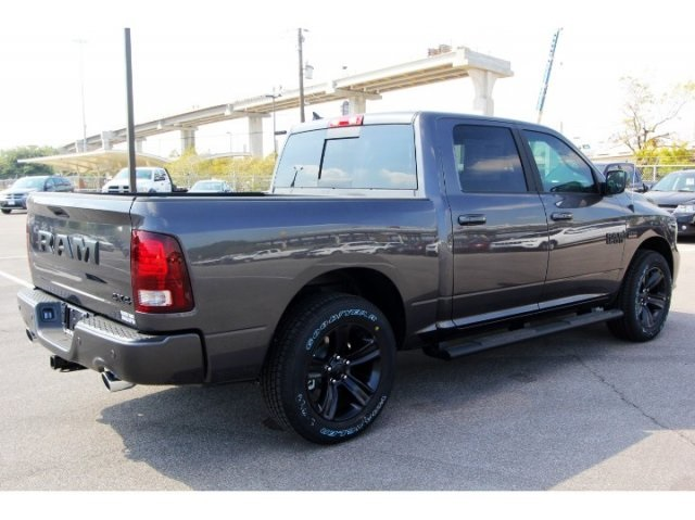 2018 Ram 1500 Crew Cab 4x4, Pickup #829011 - photo 2