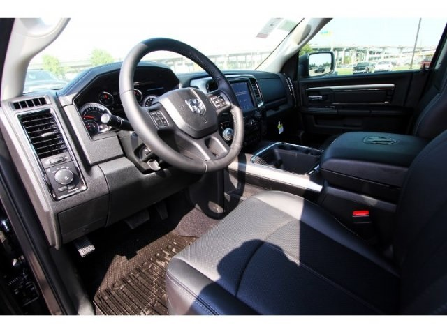 2018 Ram 1500 Crew Cab 4x4,  Pickup #829011 - photo 6