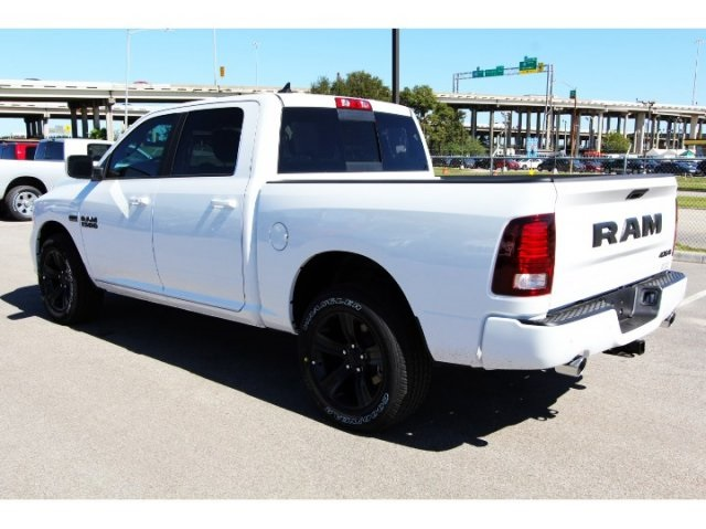 2018 Ram 1500 Crew Cab 4x4 Pickup #829014 - photo 2