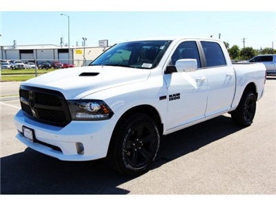 2018 Ram 1500 Crew Cab 4x4 Pickup #829014 - photo 1
