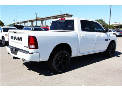 2018 Ram 1500 Crew Cab 4x4 Pickup #829014 - photo 4