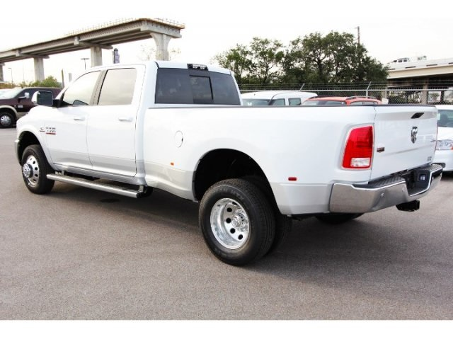 2018 Ram 3500 Crew Cab DRW 4x4, Pickup #829020 - photo 5