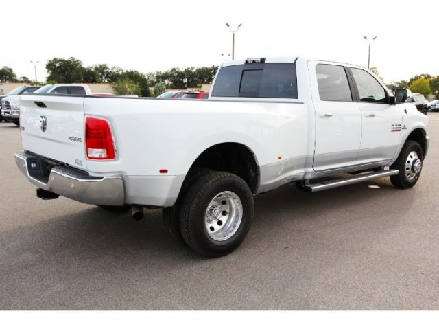 2018 Ram 3500 Crew Cab DRW 4x4, Pickup #829020 - photo 2