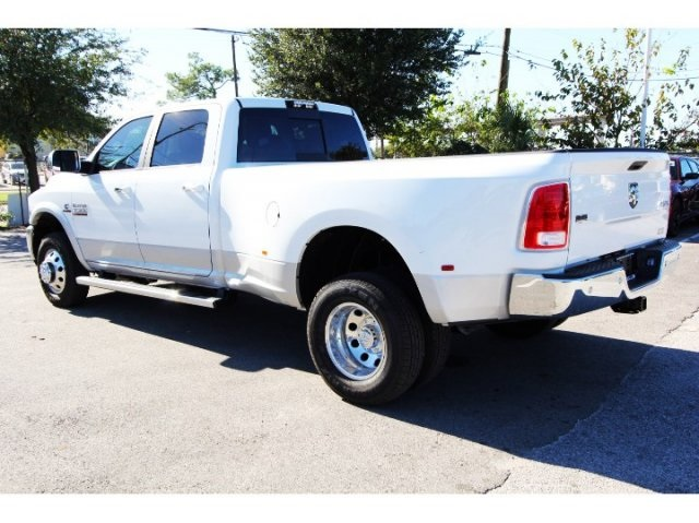 2018 Ram 3500 Crew Cab DRW 4x4, Pickup #829021 - photo 4