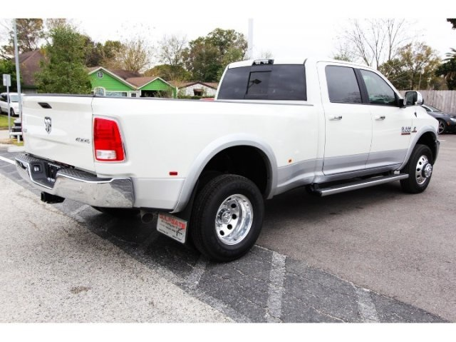 2018 Ram 3500 Crew Cab DRW 4x4, Pickup #829030 - photo 2