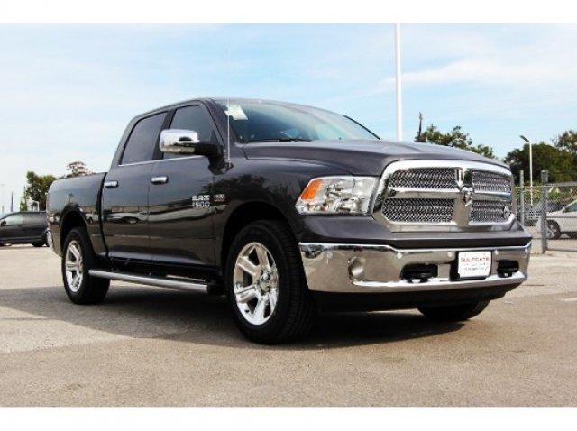2018 Ram 1500 Crew Cab Pickup #829047 - photo 4