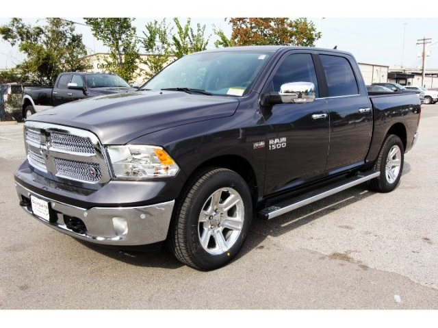 2018 Ram 1500 Crew Cab Pickup #829047 - photo 1