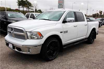 2018 Ram 1500 Crew Cab 4x2,  Pickup #829100 - photo 3