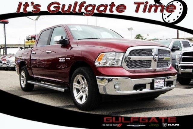 2018 Ram 1500 Crew Cab, Pickup #829107 - photo 1