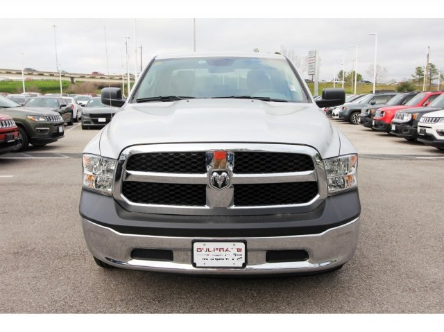 2018 Ram 1500 Quad Cab 4x2,  Pickup #829283 - photo 3