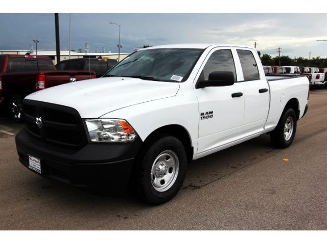 2018 Ram 1500 Quad Cab 4x2,  Pickup #829424 - photo 3