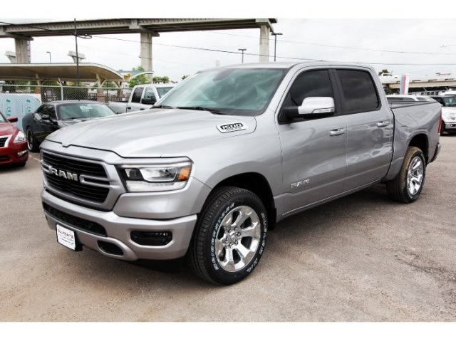 2019 Ram 1500 Crew Cab 4x2,  Pickup #929004 - photo 3