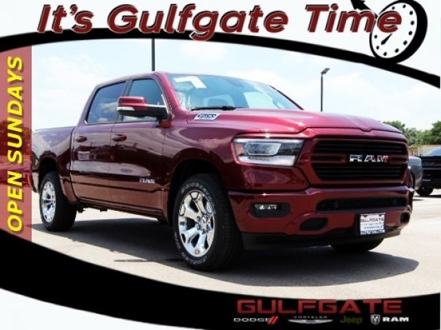 2019 Ram 1500 Crew Cab 4x2,  Pickup #929014 - photo 1