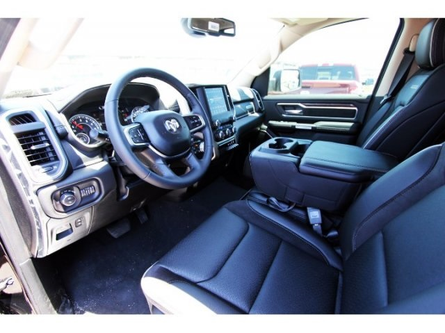 2019 Ram 1500 Crew Cab 4x4,  Pickup #929016 - photo 6