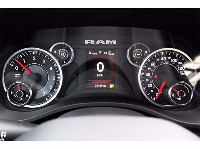 2019 Ram 1500 Crew Cab 4x2,  Pickup #929041 - photo 8