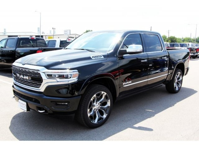 2019 Ram 1500 Crew Cab 4x2,  Pickup #929042 - photo 3