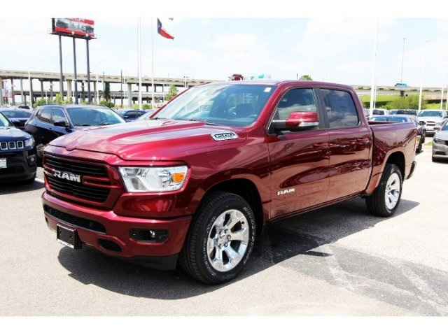 2019 Ram 1500 Crew Cab 4x2,  Pickup #929049 - photo 3
